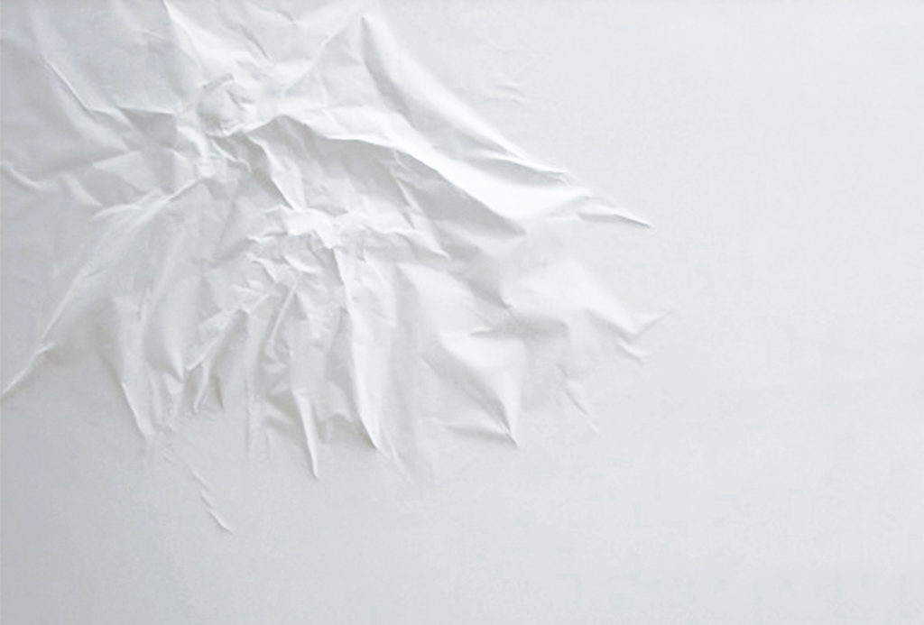 Installation <em>the edge of chaos_1</em>. Wall, paper. ~ 200 x 150 cm