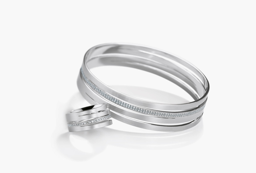 <em>Meridiano</em> bangle and ring. 950 platinum, diamonds