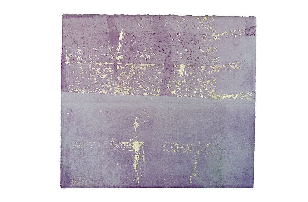 Gravure printing on deckle-edge paper with gold leaf. 28 × 32 cm. Photo Armin Handschuh.
