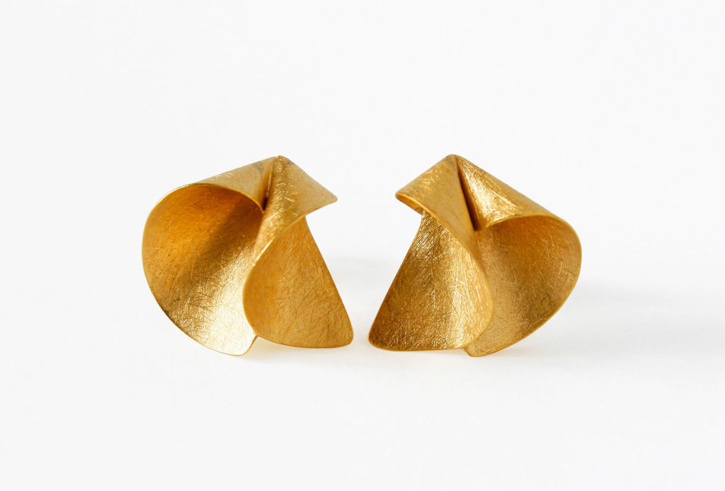Earrings. Gold 750