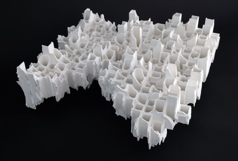 Kouzo Takeuchi, <em>Modern Remains Townscape</em>, 2006. Porcelain. To be seen at the ESH Gallery, Italy. Photo ESH Gallery
